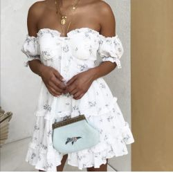 Fast Fashion - Off shoulder white floral dress