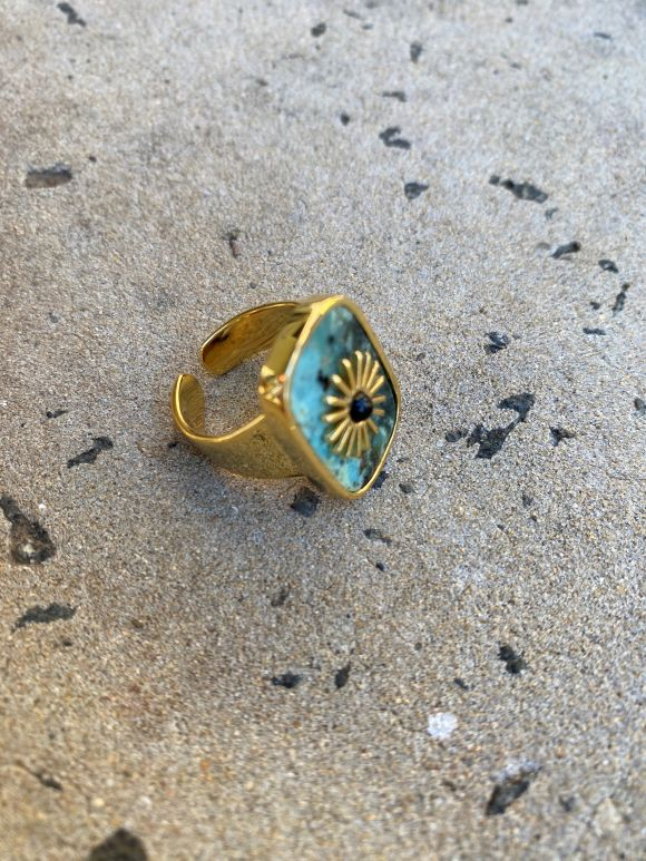 Onyx Crown - Sole Ring